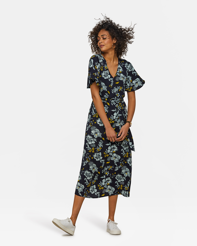 b0fd27391870e2 Dames bloemenprint jurk Donkerblauw