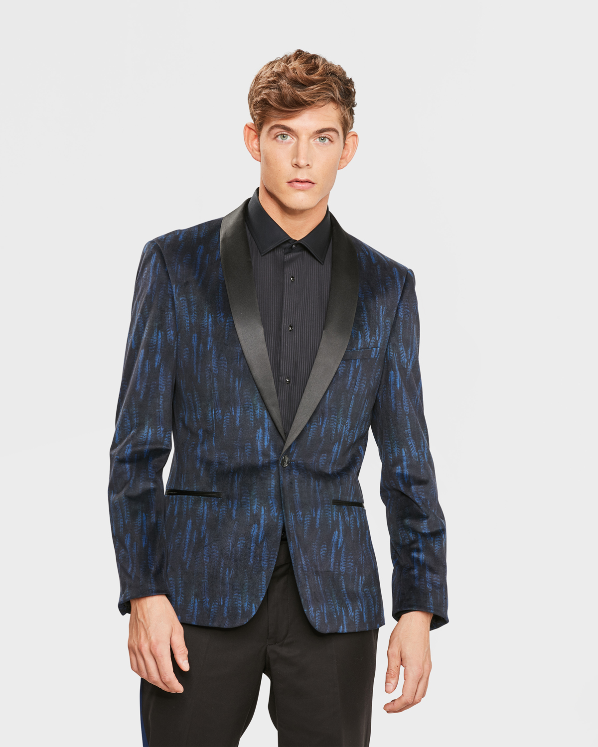 Shop Alton Lane's selection of custom blazers, featuring premium fabrics and a fit tailored to your measurements and style.