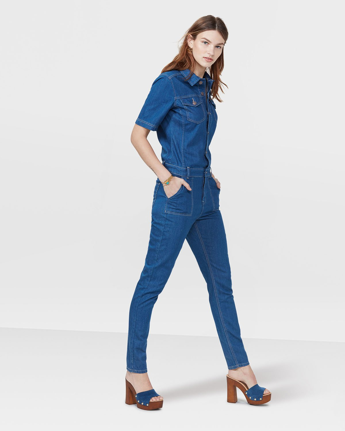 Shop online for stylish jumpsuits for women at H&M. Choose from short rompers and wide-legged jumpsuits in a range of colors, materials and styles, from cas.
