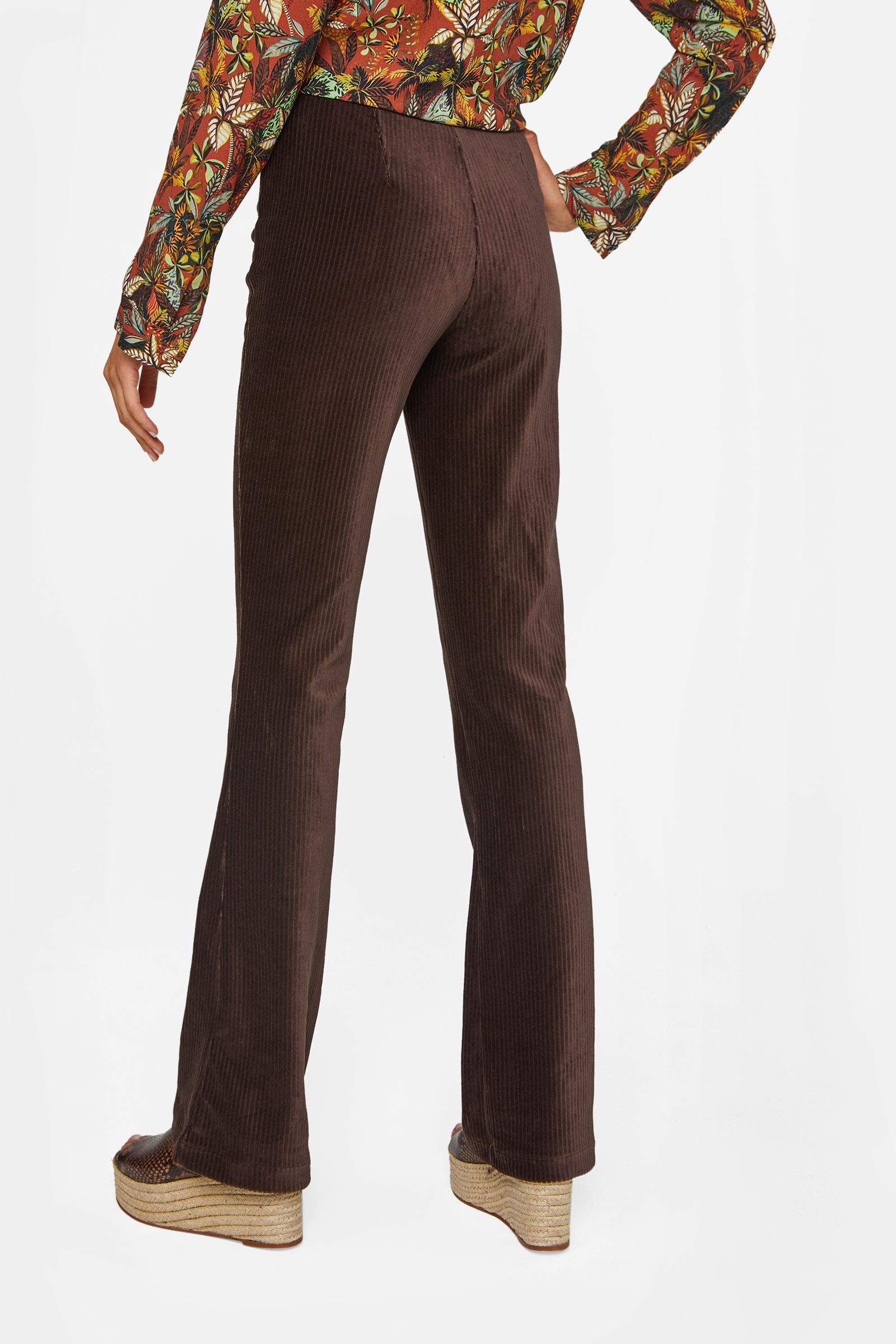 Dames flared broek van ribstof   95348957 WE Fashion
