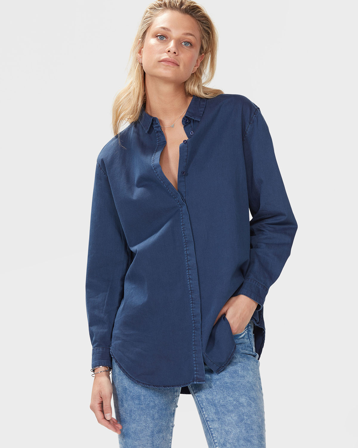 Shop Women's Shirts & Blouses at Forever 21! Dress up in variety of knit and woven styles including button-down blouses, plaid shirts, off-the-shoulder tops, combo bodysuits, crop tops, and short and long sleeve shirts.