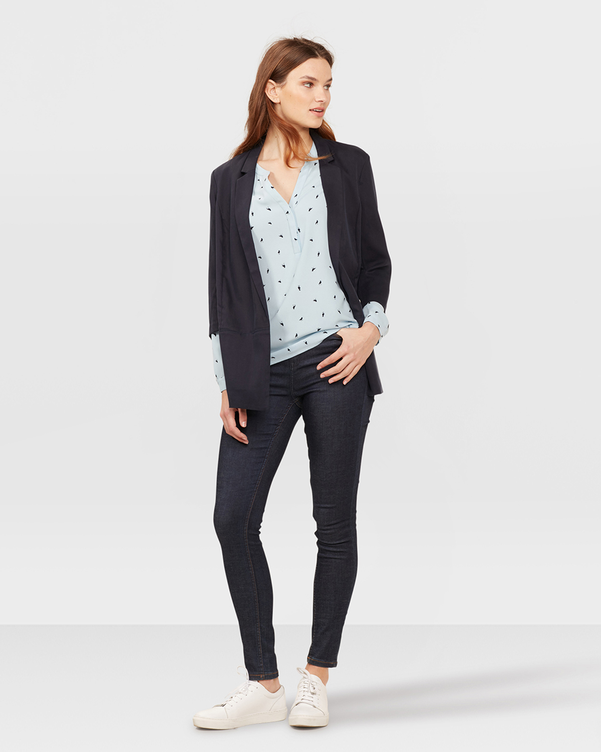 While the boyfriend blazer takes its inspiration from oversized pieces that look like something from his closet, it is designed specifically with the female form in mind. Boyfriend blazers, in addition to being cut slightly larger than a traditional women's blazer, are tailored in such a .